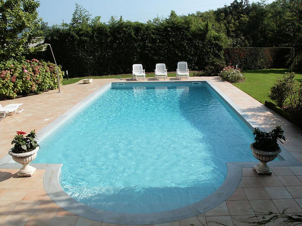 realizzazione piscine a skimmer a como milano lecco varese. Black Bedroom Furniture Sets. Home Design Ideas