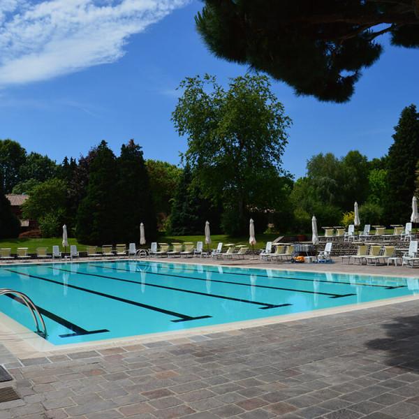 vasche pubbliche olimpionica all'aperto
