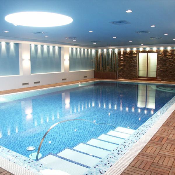 installazione piscine coperto
