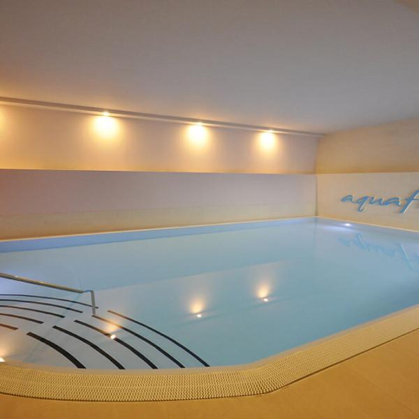 installazione piscina per spa